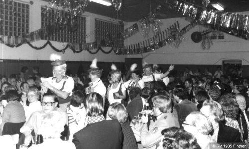 Nach der Einweihung 1972 wurden die Kappenabende in der eigenen Halle dank hervorragender Stimmung schnell zu einem Highlight der Fastnachts-Saison.